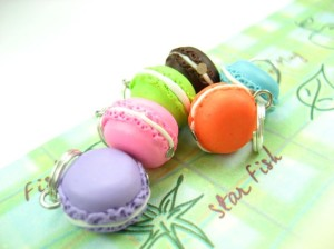 Macaroon Stitch Markers from Beadpassion